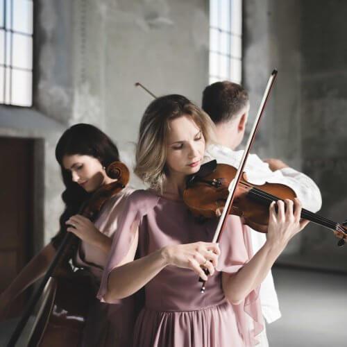 Miriam Kaiser Trio /SK/